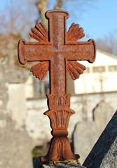 Croix rouillée.