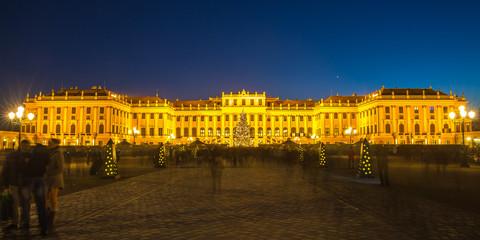 Schloss Schönbrunn zur Weihnachtszeit, Wien
