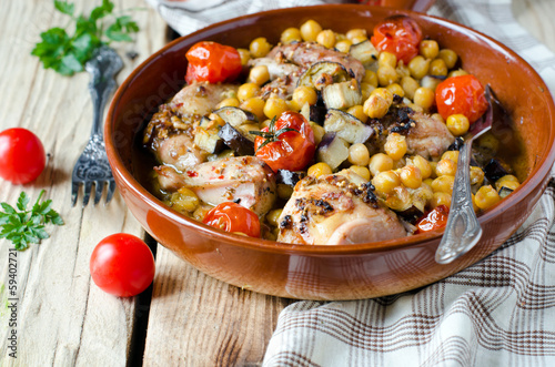 Baked chicken with chickpeas and vegetables