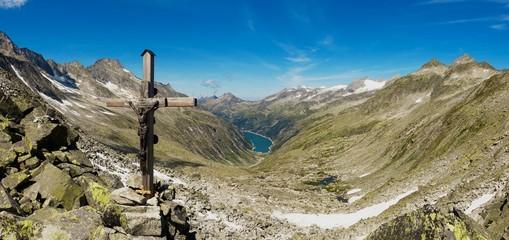 Panorama Hochtal mit Speichersee