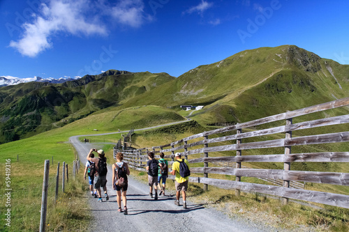 canvas print picture Wandern als Gruppe