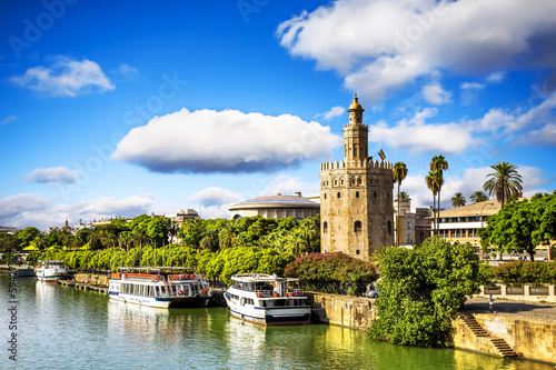 Golden tower (Torre del Oro), Andalusia, Seville.