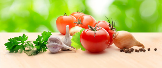 Tomatoes, onion and pepper