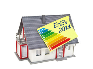 Haus mit Zettel und EnEV 2014