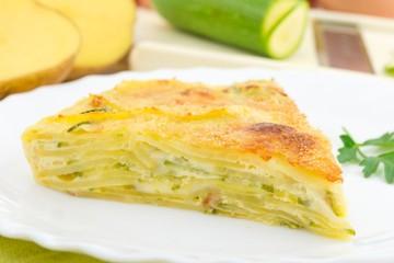 tortino con zucchine, patate e formaggio