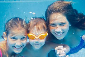 Underwater portrait girl