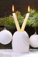 Weißer Weihnachtsschmuck