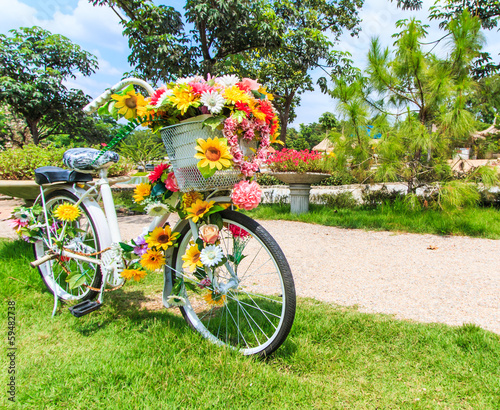 Fototapeta Flower on a bicycle as the decoration