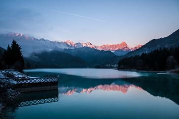 Alba al Lago di Barcis