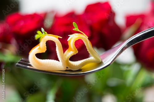 Nudeln mit Tomatensauce - 59513928