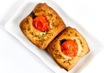 Bread with tomatoes and oregano