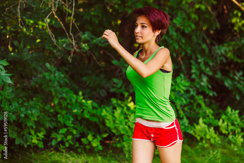 beautiful healthy runs young brunette woman a athlete running ou
