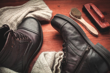 cleaning of men's boots