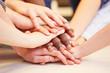 Motivation und Zusammenhalt durch Hände