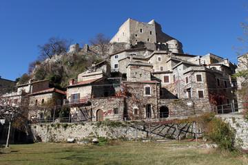paese e castello