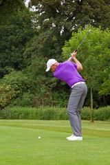 Golfer wedge shot