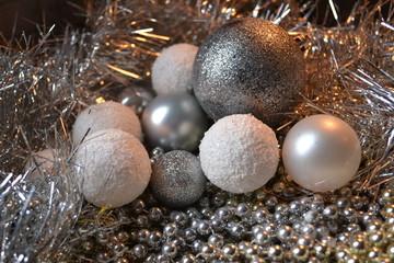 boules de Noël granitées