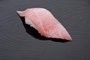 トロ握り寿司