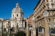 Rome, le menu Cartell su strada