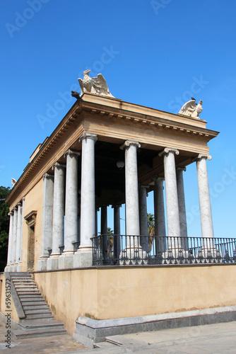 Tempel am Foro Italico Palermo
