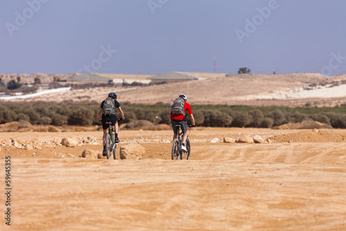 racers bike desert area