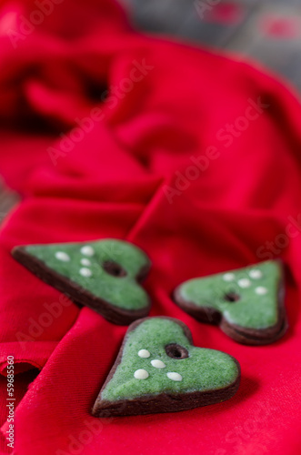 green heart cookies