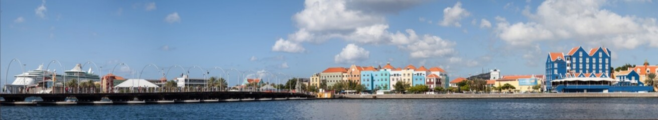 Otrobanada and Punda the capital city of Curacao