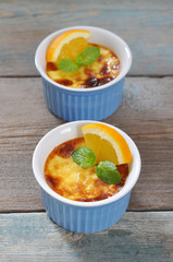 The creme brulee with orange