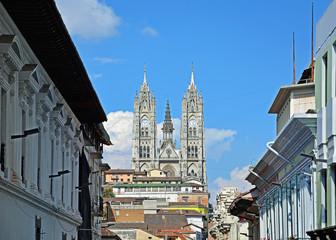 Quito, Basilica del Voto Nacional