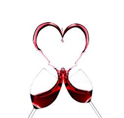 zwei Weingläser, ein Herz