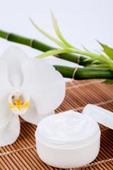 natürliche creme kosmetik feuchtigkeit pflege