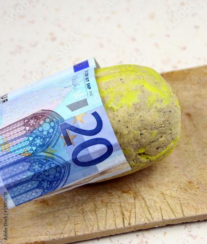 """concept""""argent et foie gras,aliment cher"""""""