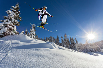 fototapeta skok w  śniegu