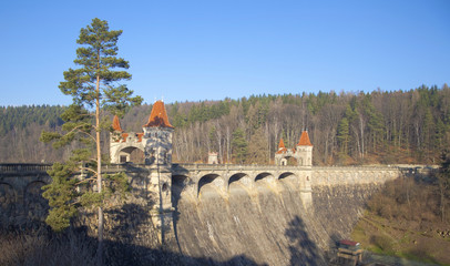 Historic dam Les Kralovstvi in Bila Tremesna