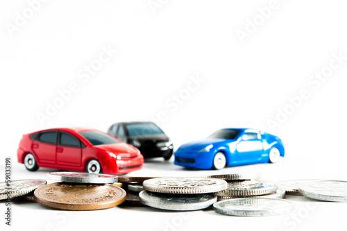 自動車と税金や罰金