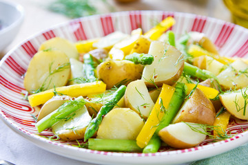 Potato with Herb and Asparagus salad