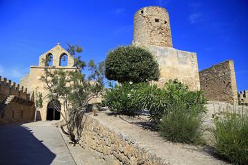Festungsanlage und Kirche von Capdepera