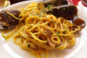 spaghtti cozze pescatora