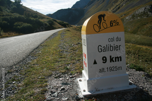 Foto op Plexiglas Fietsen Col du Galibier