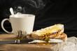 Café con leche y tostadas