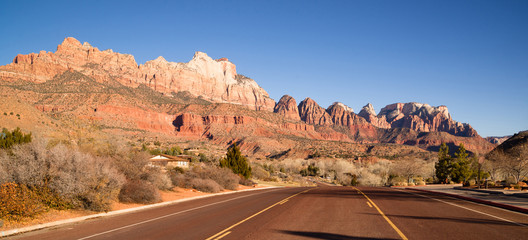 Two Lane Road Highway Travels Desert Southwest Utah Landscape