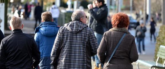 gens dans la rue...ville de zürich