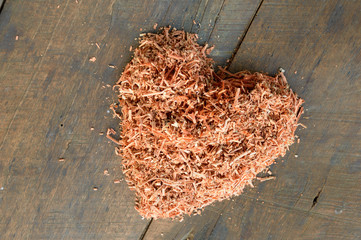 heart shape of sawdust