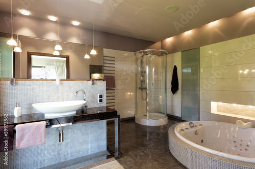 Luxurious bathing room