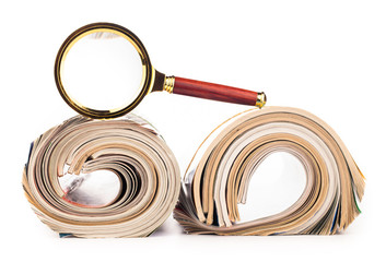 roles of newspapers and magnifying glass