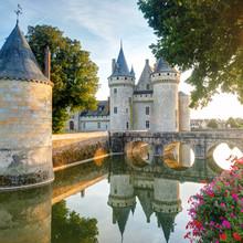 Le château de Sully-sur-Loire, France