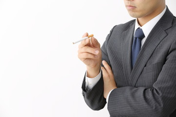 喫煙するビジネスマン