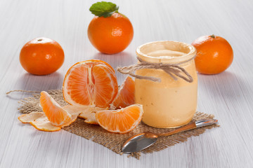 Mandarin yogurt with fresh tangerines