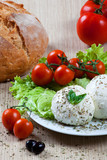Mozzarella, vegetables and tomatoes
