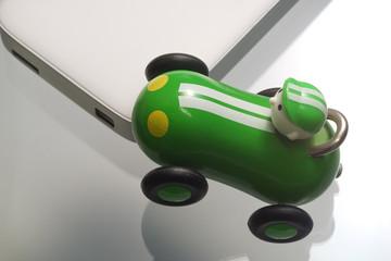 Mini Festplatte mit Rennwagen